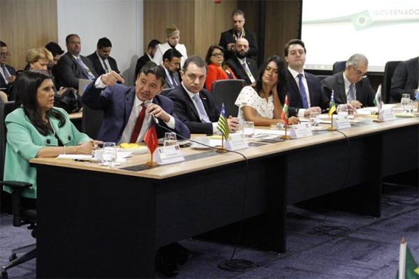 Governadores do Nordeste fazem nova tentativa de inclusão de estados na reforma
