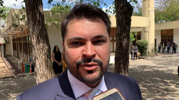 Superintendente do Ibama vai à PF denunciar servidor sobre doação de madeira apreendida