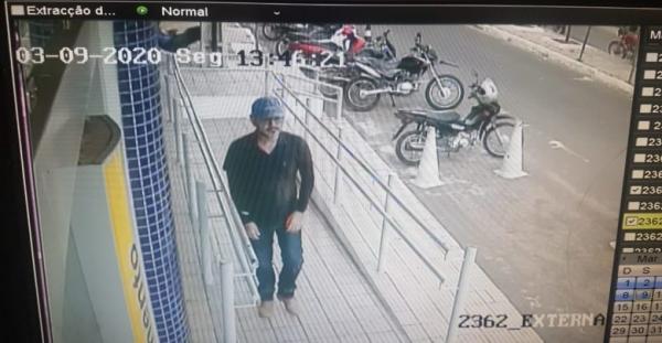 Funcionário de Supermercado fica baleado após assalto em frente agência bancária de Oeiras