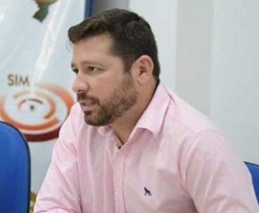 Diretor do HRDC|UPA de Oeiras, Alípio Sady, sofre acidente automobilístico na PI 236