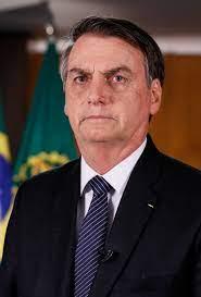 Bolsonaro sanciona MP que reformula estrutura de cargos no Governo