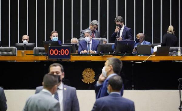 Câmara aprova unificação de ICMS do combustível, veja como votaram os deputados do Piauí