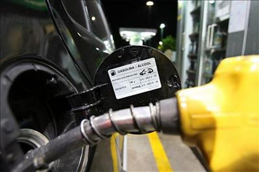 Preços da gasolina e do diesel terão a 1ª variação de 2018 já nesta quarta