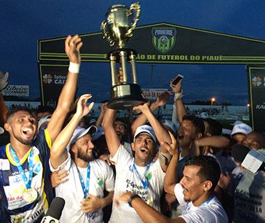 Altos bate River por 4 a 2 e leva título de campeão piauiense